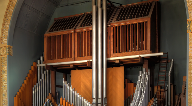 Holtkamp Organ, Syracuse University